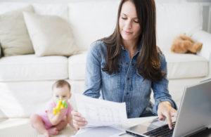 A rotina de um mom office o home office da mãe
